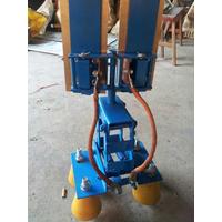 侧滑式刚体滑触线集电器