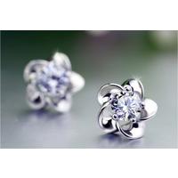 南昌钻石耳钉定做-玫瑰花钻石耳钉