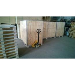 鲁创包装(图)、供应扣件箱、辽宁钢边箱