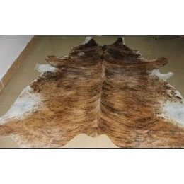 供应牛皮地毯 巴西进口天然带毛牛皮地毯批发