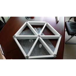 供应2016款铝格栅铝天花板 铝格栅厂家