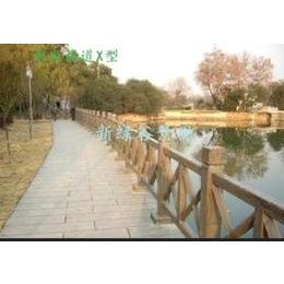 江陰新綠谷專業制造河道橋梁護欄網 仿木護欄縮略圖