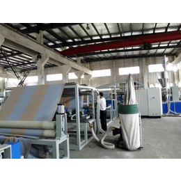 TPR PVC TPE宽幅地毯覆膜涂胶生产线设备