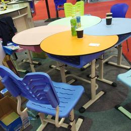 彩色课桌椅学生课桌椅教室课桌组合桌椅教室桌椅拼接课椅