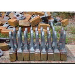 锤式破碎机锤头、耐磨锤头、锻造锤头来四川万源宏达机械