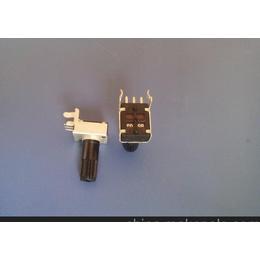 R09301小型3脚旋转电位器