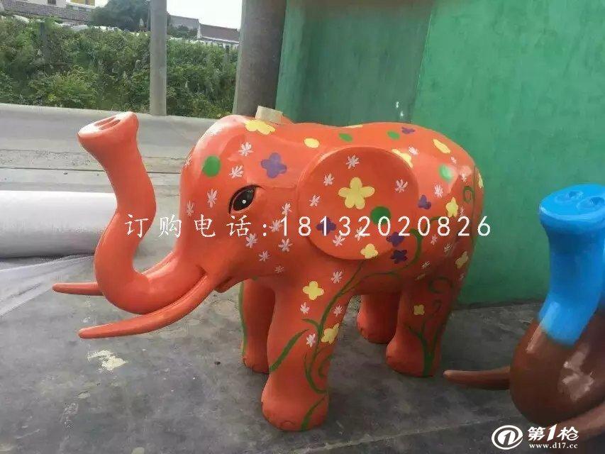 彩绘大象雕塑玻璃钢动物雕塑