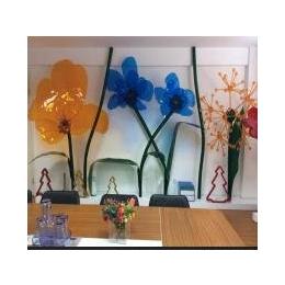 供应晶美专业制做各种颜色有机玻璃花