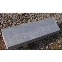 路沿石,路边石,青石侧石,青石路沿石找万泰石材加工厂