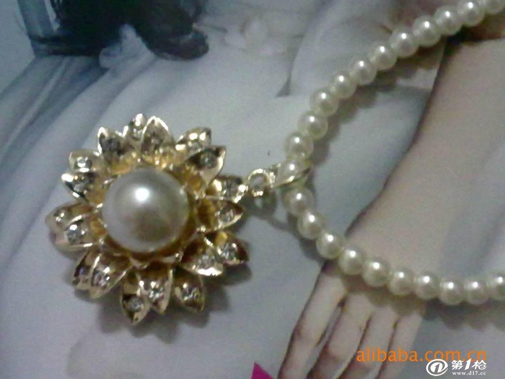 供应新款韩版时尚潮流新娘饰品 珍珠项链 批发