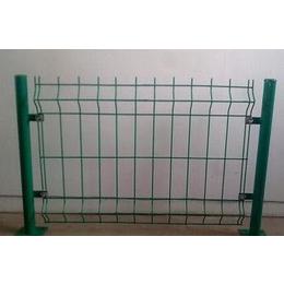 供应北华新品安平县北华金属护栏网生产双边丝护栏网