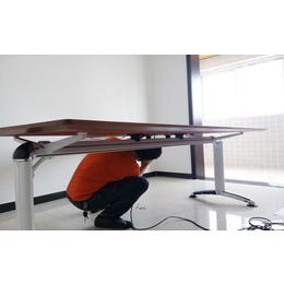新飞空调有限公司西安实木老板桌 选则西安典致家具