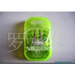 供应方形<em>七彩</em>充电器,时尚卡通造型<em>手机充电器</em> 可按需选择