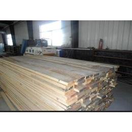 厂家批发进口俄罗斯樟子松原木 樟子松方木0.032×0.082×3m板材