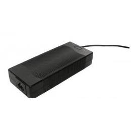 12.6V 8A CE FCC认证动力锂电池充电器