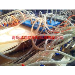 供应PVC木塑快装墙板挤出设备