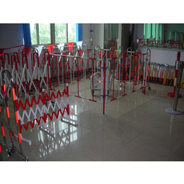 玻璃钢伸缩围栏生产厂家 专业定制绝缘伸缩围栏价格
