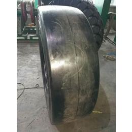 厂家直销 13-80-20  光面轮胎 压路机轮胎