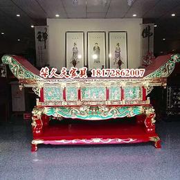 寺庙彩绘贴金佛像香樟木雕刻供桌佛龛对联牌匾订做