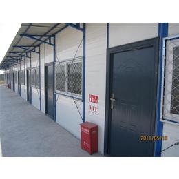 内蒙古乌海工地用岩棉防火出口彩钢房