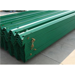 山西供应厂家销2018年护栏板喷塑护栏板立柱柱帽