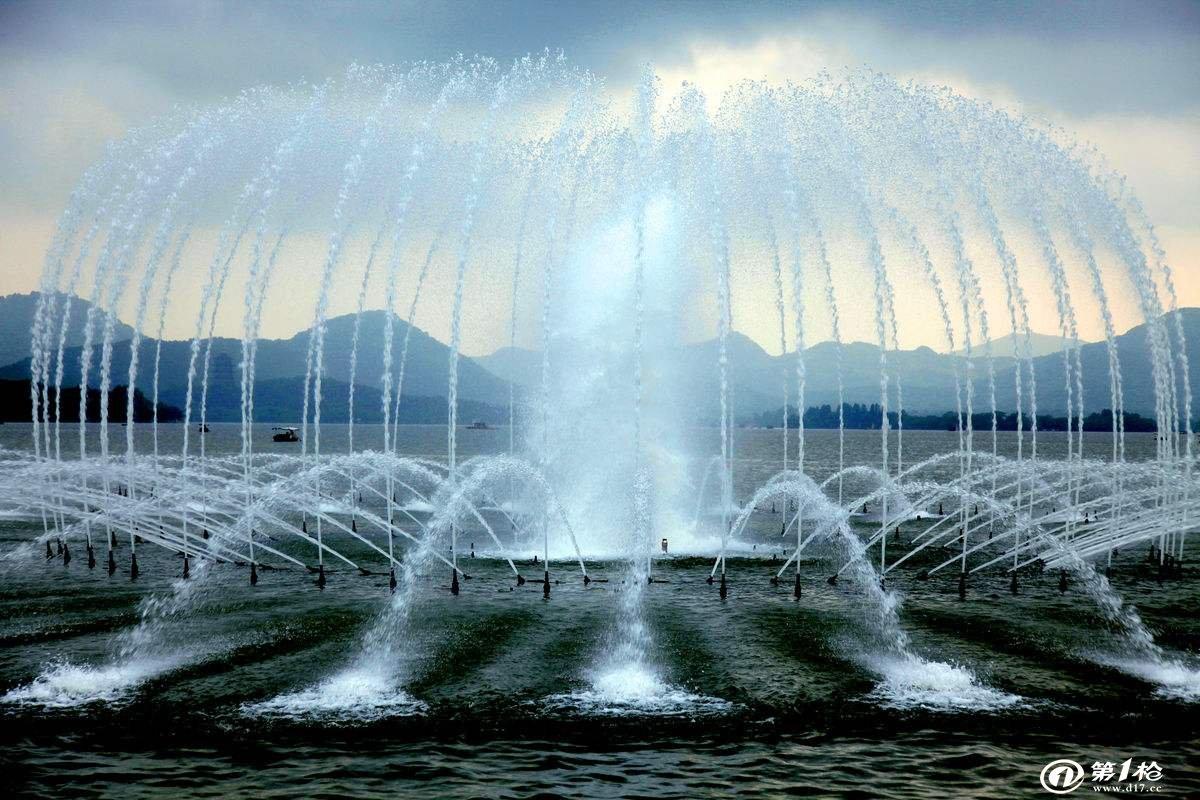 广场水景喷泉哪有做的_乌兰察布广场水景喷泉_萌轩景观图片