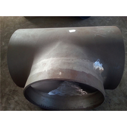 德州自产自销DN40碳钢高压三通