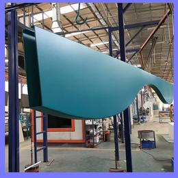 KTV大堂吊顶 弧形铝方通 波浪形铝格栅  弧形铝格栅