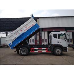 一辆装运8方含水污泥运输自卸车单价配置
