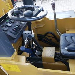 矿山隧道专用小型铲车车身低矮矿用铲车