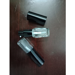 广州化妆品玻璃瓶生产厂家 玻璃瓶生产厂家