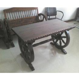 防腐木车轮桌椅