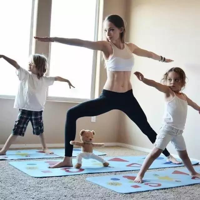 亲子瑜伽注意点让你和你的孩子更好的互动