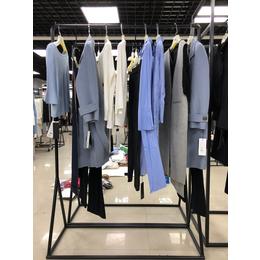 杭州阿莱贝琳品牌女装鸽斯帝琳系列风衣大衣女装折扣批发缩略图