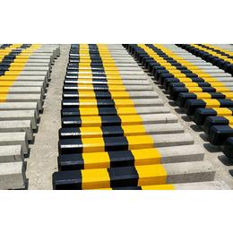 六安昌盛水泥制品厂-合肥安全水泥警示桩-安全水泥警示桩多少钱