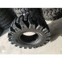 工程半实心轮胎厂家16-70-20